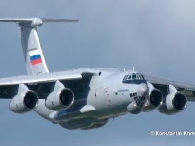 伊尔476重型�:/���._【maks 2013】现代化改进型 — 伊尔-76md-90a(伊尔-476)重型运输机