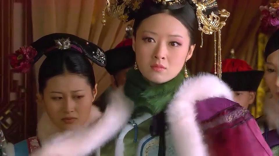 32012年3月26日《后宫甄传》:蒋欣饰演华妃,该剧是讲述甄从一王传君的古装电视图片
