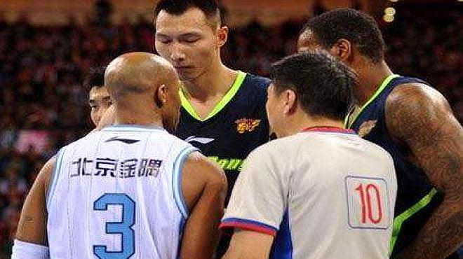 央视直播!马布里挑战杜锋,他能否终结广东宏远12连胜?