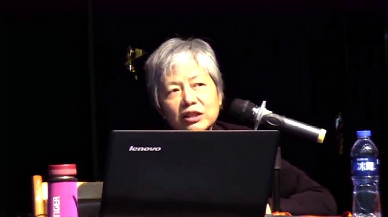 心理学家李玫瑾:为什么孩子上初中时,一定要给孩子过生日!