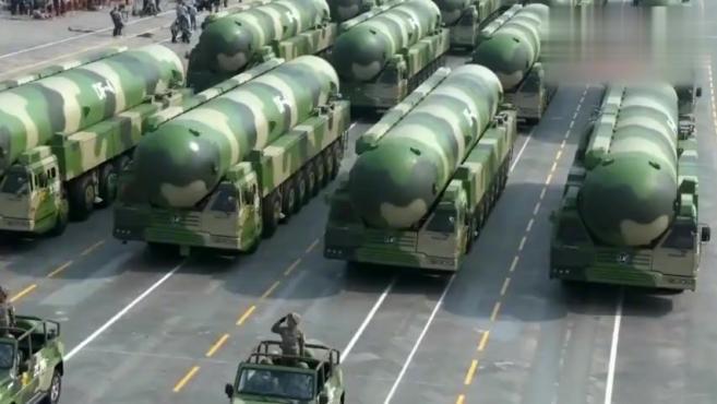 中国战略核力量的中流砥柱!东风-41亮相国庆阅兵
