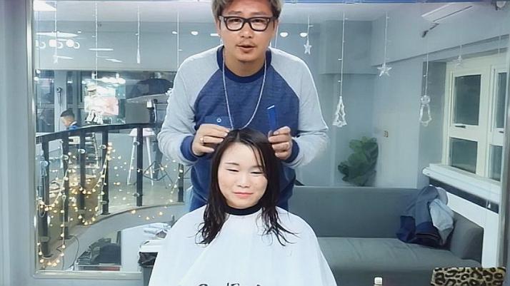 圆脸的女生发型这样剪,超级显脸小,脸大的妹子看过来
