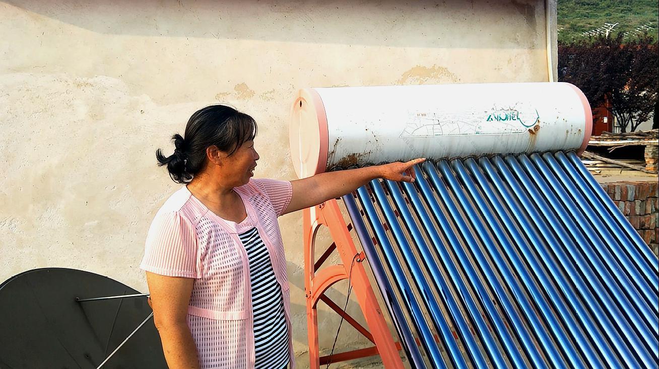 当年火遍农村的太阳能热水器,为啥现在没人装了?看看农村人咋说
