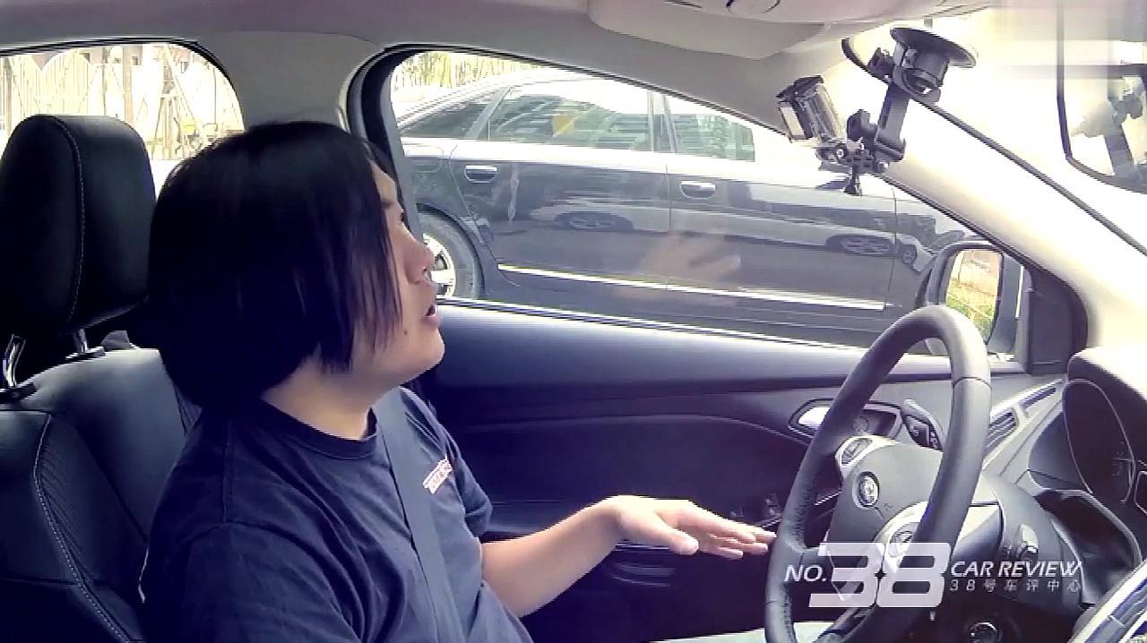 自动挡正确的停车步骤,自动挡怎么停车最正确