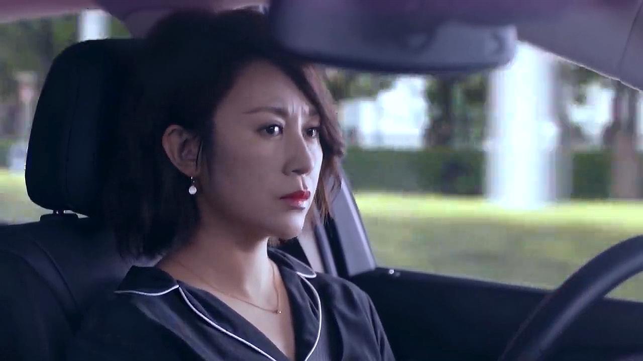 逆流而上的你:刘艾开车上路,差点撞到小女孩,被吓得不轻!