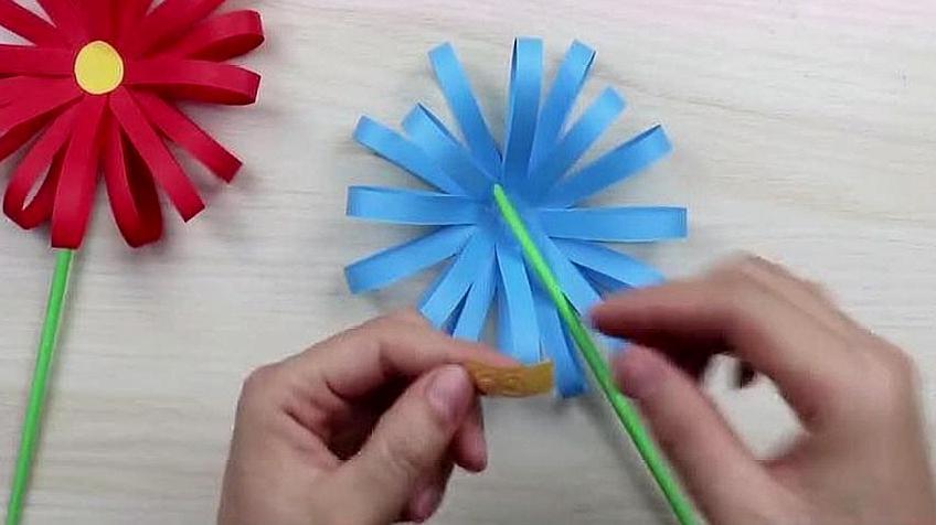 简单手工花朵制作方法,把菊花这样折,漂亮极了