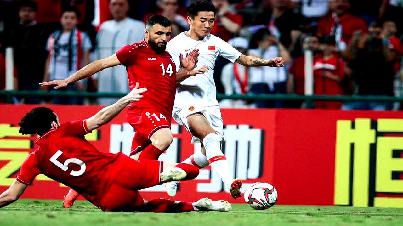 谁来接棒?中国足协接受里皮辞职 已经启动国足重组预案