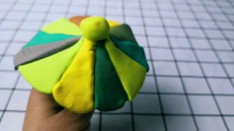 橡皮泥手工制作彩色雨伞
