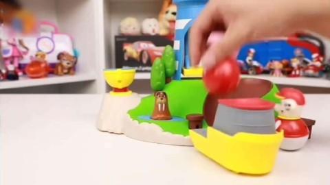 亲子儿童趣味创意玩具 汪汪队立大功毛毛与佩奇坐小船游小岛