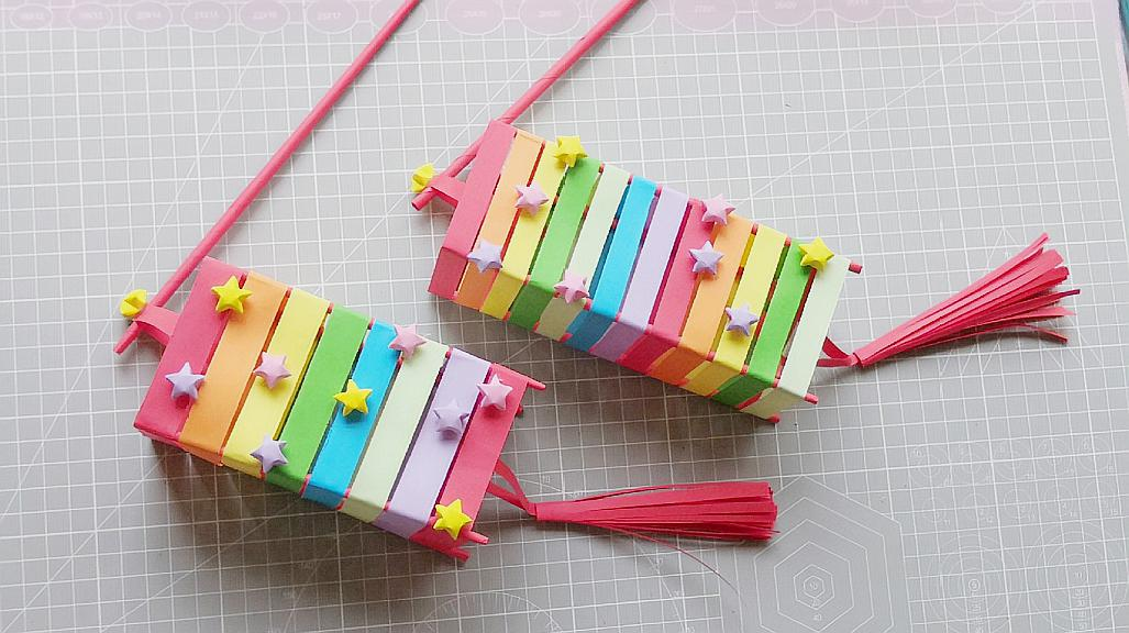 彩虹星星灯笼的做法教程,用纸张就能做出来,做法也很简单