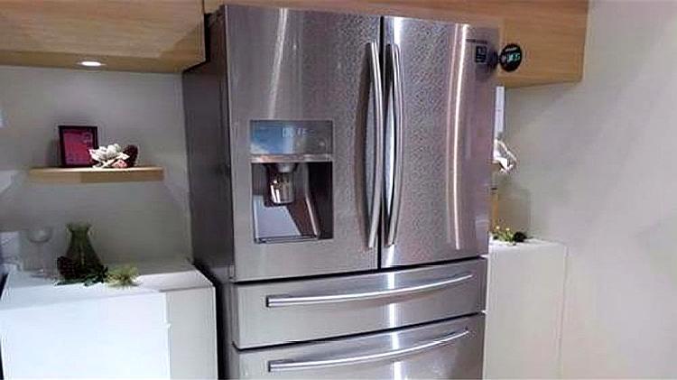 冰箱旁边切记不能放这三样东西,我也是刚知道,看完记得提醒家人
