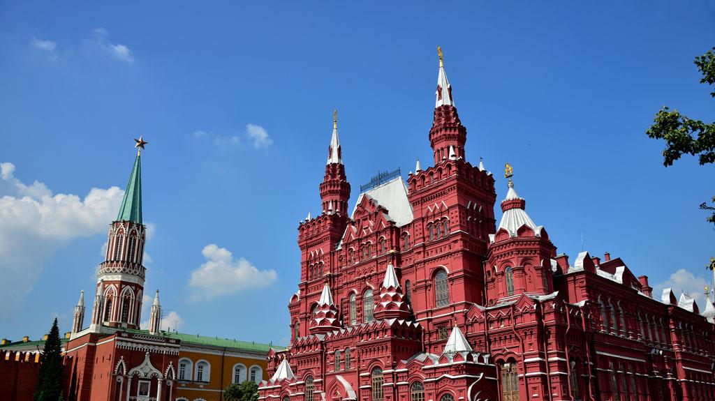 去俄罗斯旅游,为什么不要和当地女性喝酒,看完你就明白了