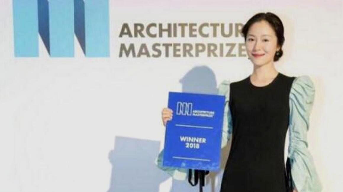 江一燕获得建筑师大奖 获奖别墅被认定为违建 江一燕公开道歉