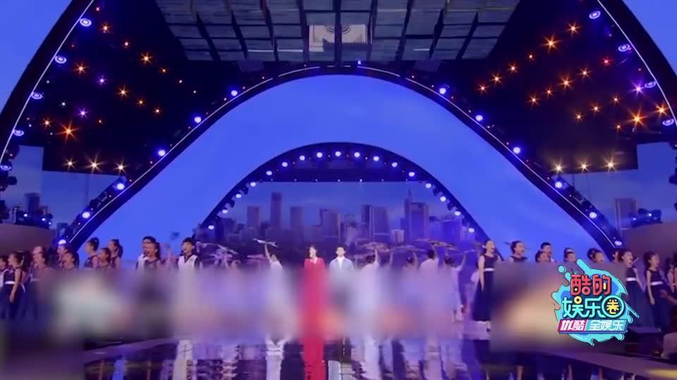 酷的娱乐圈 2020 杨紫偷瞄张一山 两人相视一笑画面太甜