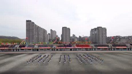 信控学院啦啦操辽石化大十六届运动会