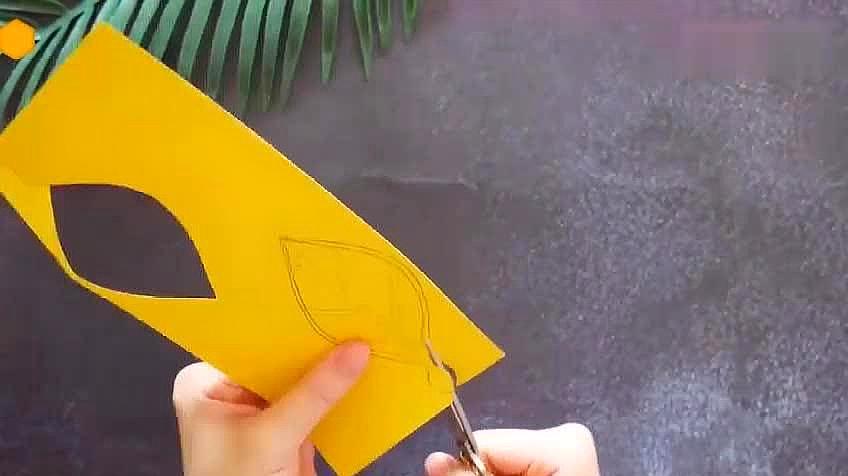 二年级手工制作书签!好看又实用,做法很简单