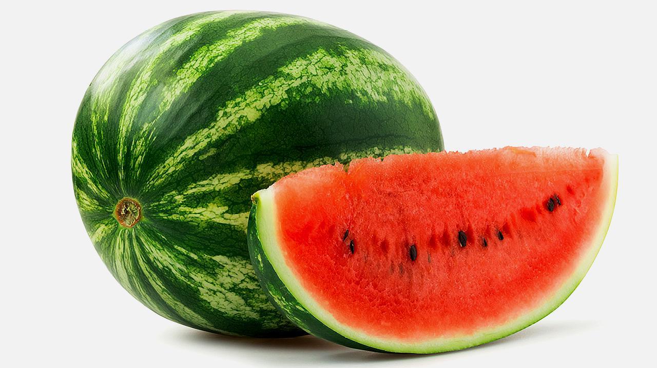 牢记6点吃西瓜的禁忌,夏天才可以放开肚皮吃西瓜对身体还有好处