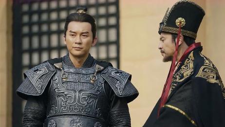 五中朗将曹丕,想让曹操严惩杨修,没想到曹操发脾气了