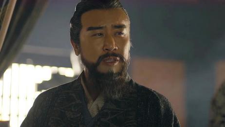曹操接纳杨修,跟曹丕说了用杨修的道理,不愧是一代枭雄
