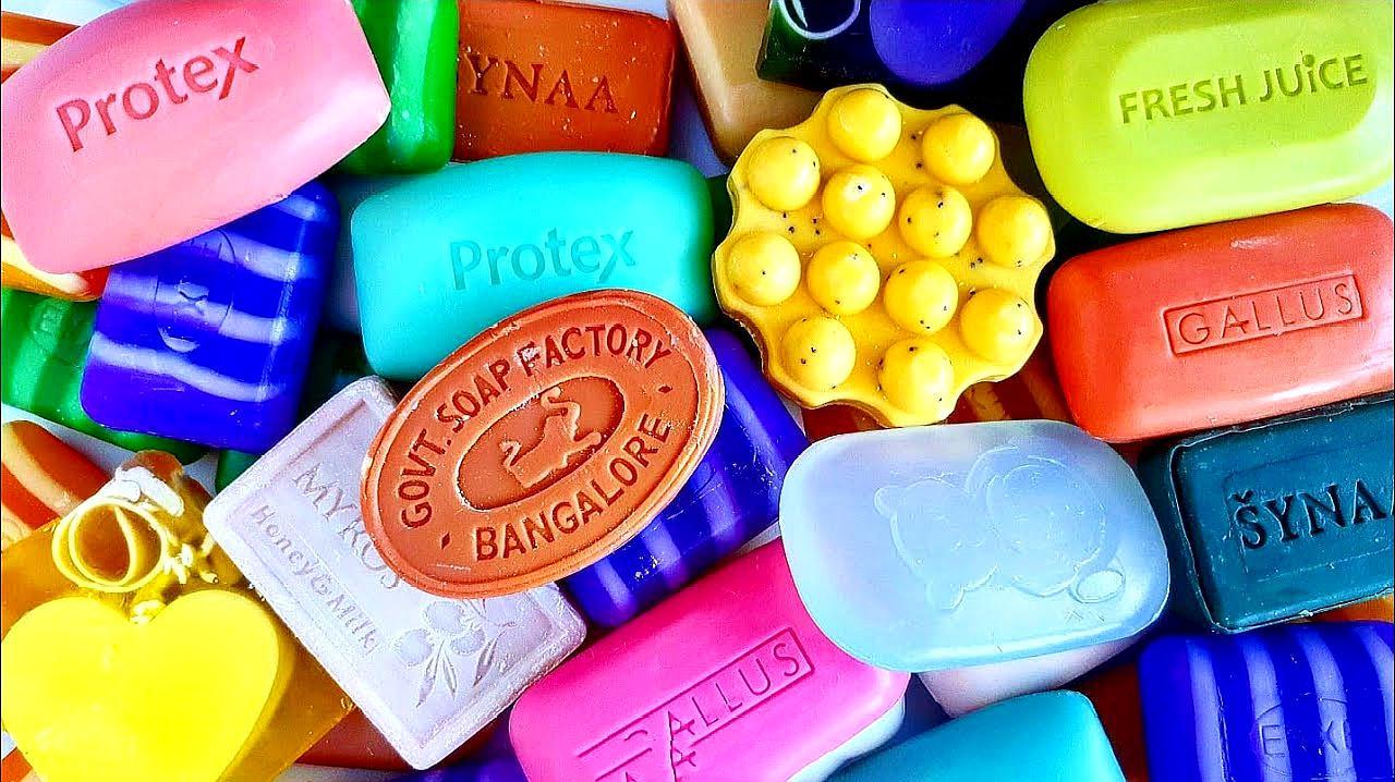 小姐姐拆香皂包装的过程超解压,声控福利系列