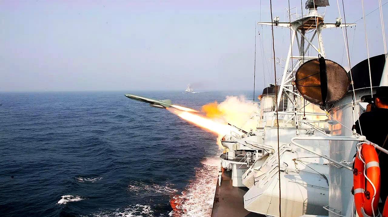 中巴海军亮剑印度洋,克什米尔却传来噩耗:雪崩掩埋大批印度士兵
