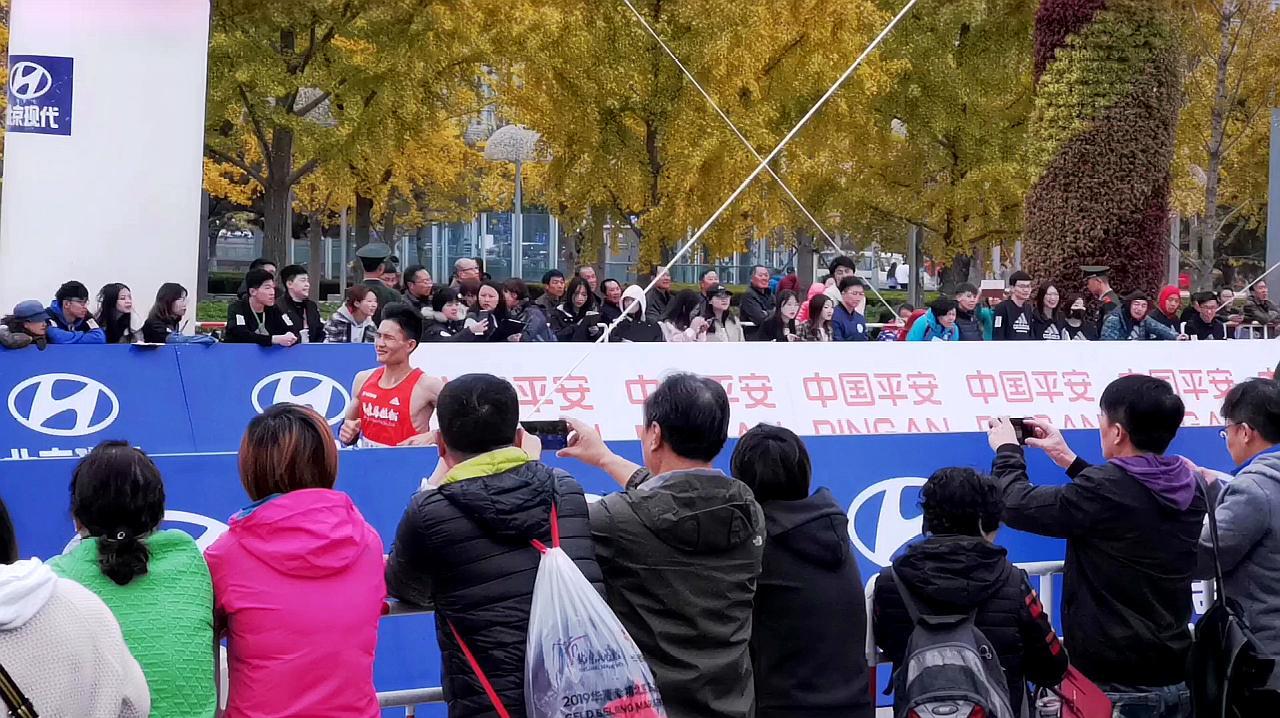 2019年北京马拉松,运动员们的精彩瞬间,为他们加油