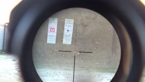 吃鸡中的M4装上四倍镜和红点瞄准镜,在现实中有什么区别?