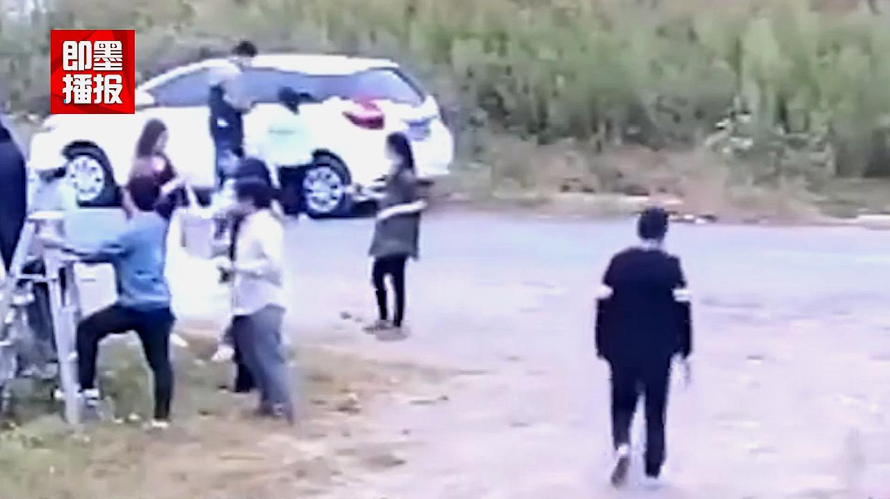 1500岁的南朝石刻遭高校师生非法拓印,高校道歉:不知违法