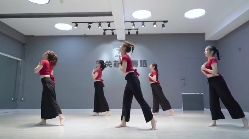 3爵士舞《senorita》02:07性感:好看大全-丝袜爵士舞《senorita图片视频来源性感女明星图片