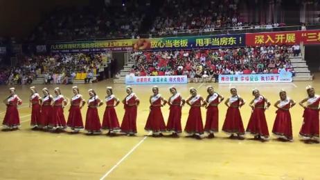 安远县广场舞大赛获奖作品「唐古拉风」藏族舞民族舞走队形推荐