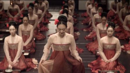 丝袜ps伦理视频_3分钟看完韩国伦理电影《奸臣》, 满屏的荷尔蒙让你大饱眼福