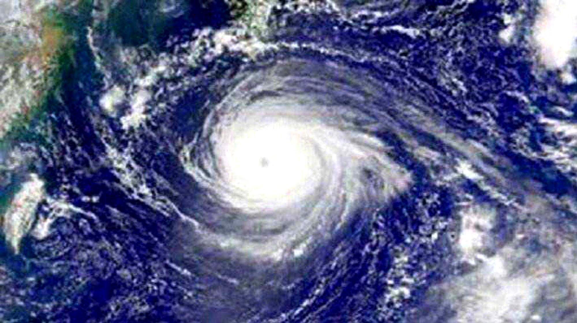 """21号台风博罗依生成!超强双台风或登陆刚遭遇""""风王""""的日本"""