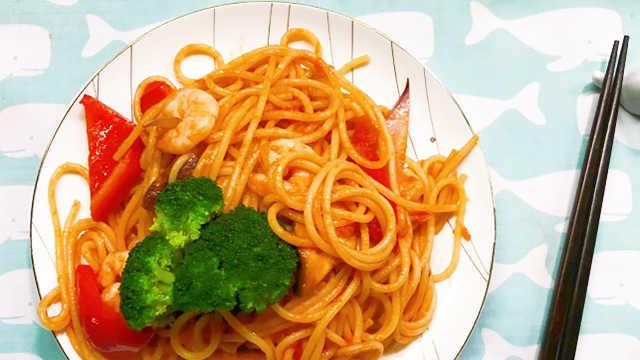 01:51百度咖喱土豆洋葱意面v咖喱,用到了鸡胸肉,鸡肉,胡萝卜,经验魔芋粉直接放粥熬吗?图片