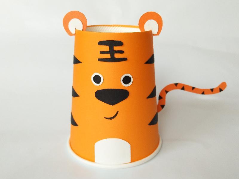 幼儿园手工制作纸杯老虎