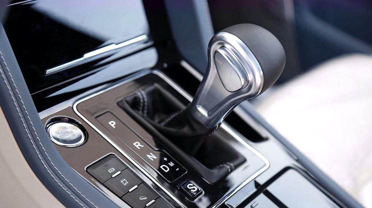 自动挡起步和停车的正确顺序是什么?老司机:搞错变速箱恐报废