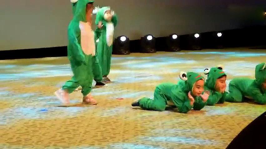 幼儿园舞蹈视频教学版——《小跳蛙》