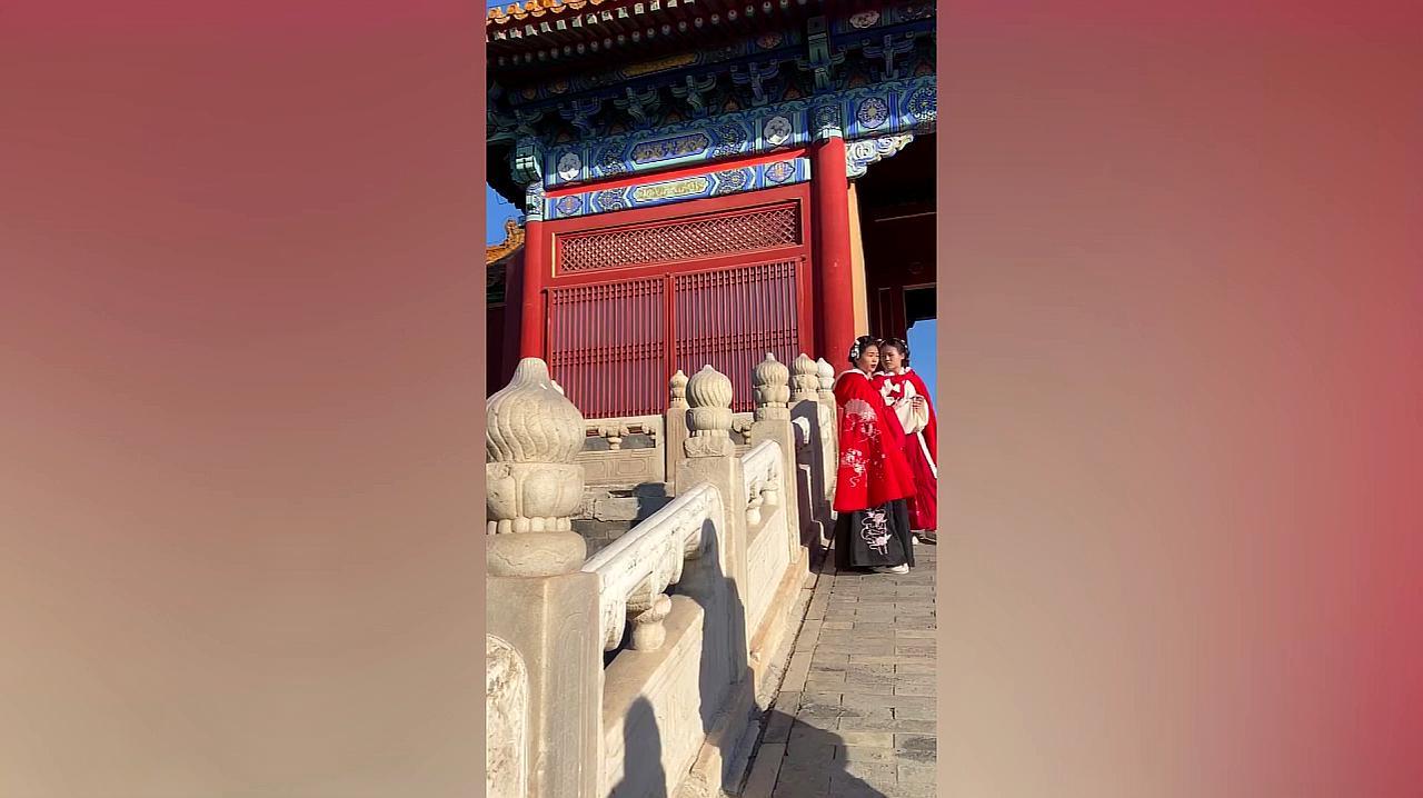 北京:故宫太大太挤 竟然导游都走丢了 故宫广播寻找导游