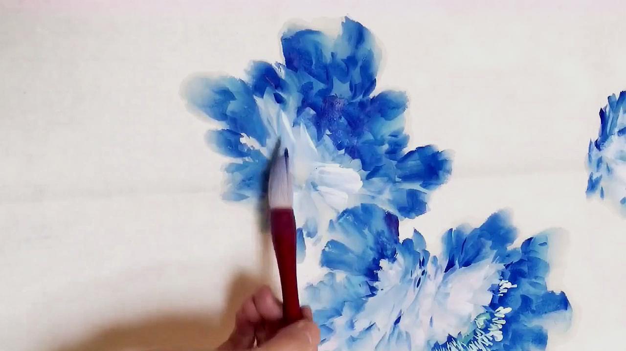 国画教程:老师手把手教你画牡丹,层次感很强,值得收藏!
