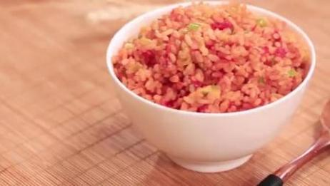 好吃又好看的西红柿蛋炒饭, 这份美食教程请收好