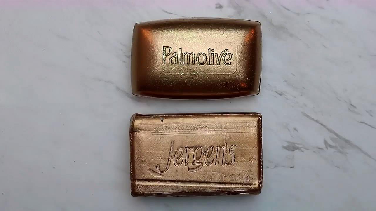 刮两块金色的香皂,每一刀都让人感觉很解压