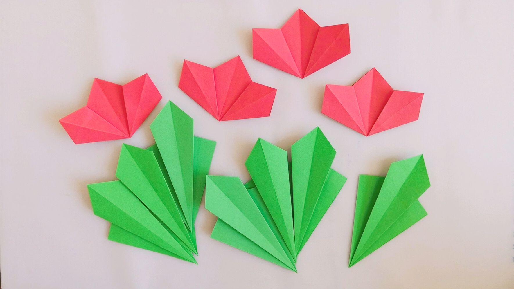 幼儿手工系列,特别简单的平面折纸花卉,几步就能完成图片