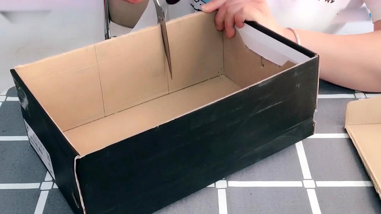 如何手工制作鞋盒工艺品