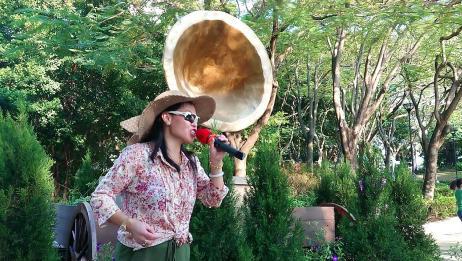 香港女歌手喻米英演唱《你是春日风》,很完美的一首歌曲