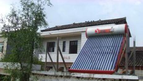 当年火遍全国农村的太阳能热水器,现在为何没人用了?原因太现实