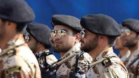 誓要让美国血债血还,伊朗下令杀手出击,特朗普心腹遭遇生命危险