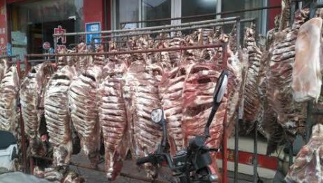 腊鱼腊肉大家都见过,壮观的腊味一条街呢?走起开眼界去!
