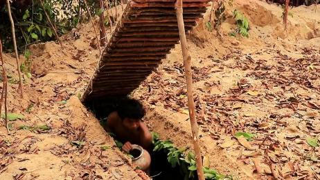 越南小伙深山隐居,挖出个地下豪华别墅,木头一盖谁都不爱!