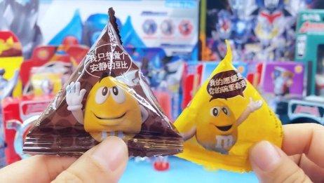 奥特曼系列儿童零食,有奥特剑糖果和密码箱食玩,摇一摇更酷炫