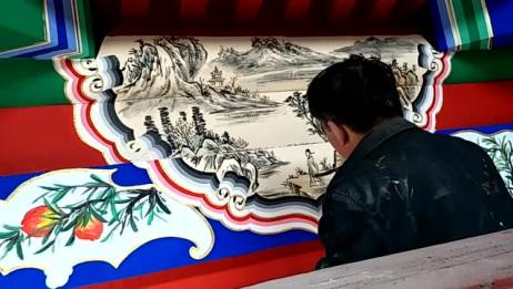民间大叔画的这幅画很好看,你们喜欢这种淳朴的民间艺术吗?