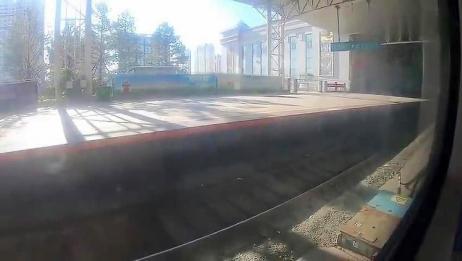 小伙从大连到海拉尔坐绿皮火车,用了24小时,感觉并不慢